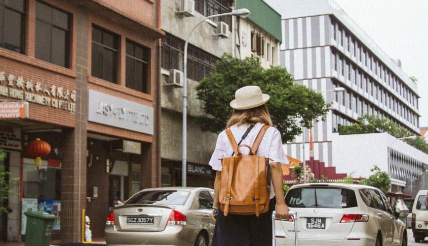Kvindelig rejsende