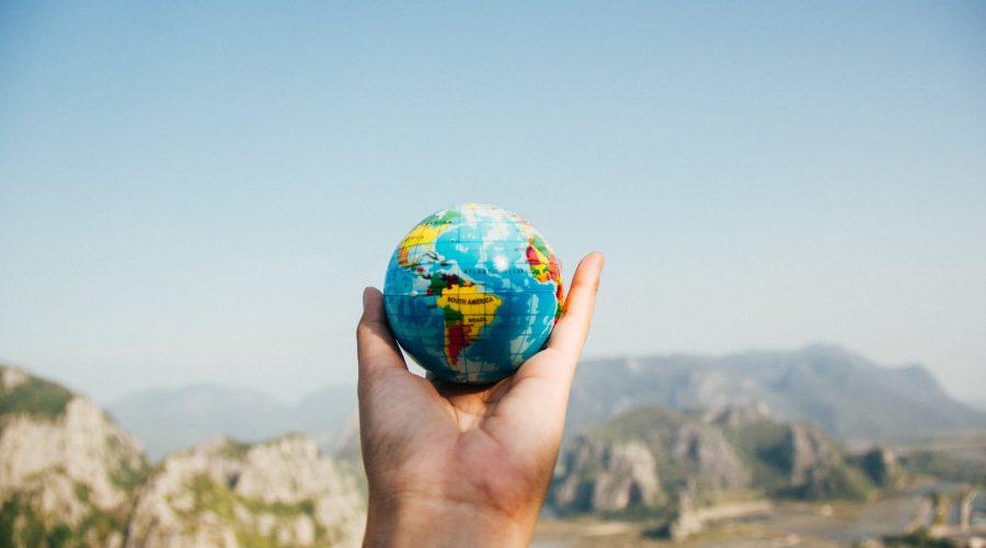 Globus i hånden